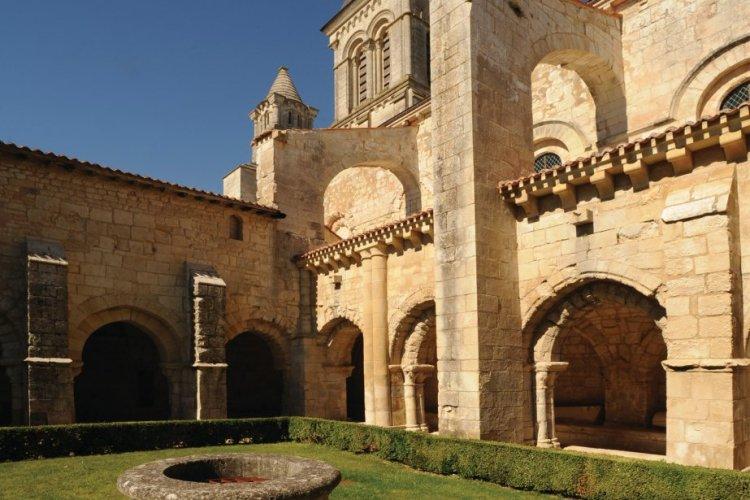 Abbaye d'Alienor, Nieul sur l'Autise. - © Conseil Général de la Vendée - Patrick Durandet