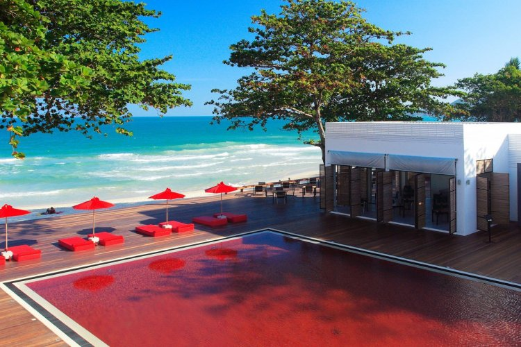 La piscine de l'hôtel The Library à Koh Samui, Thaïlande - © The Library