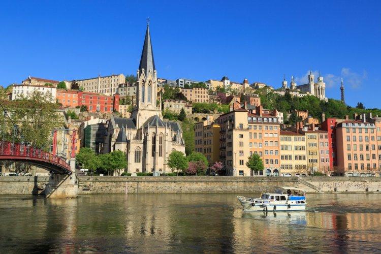 Balade sur la Saône, Lyon. - © sanderstock - stock.adobe.com