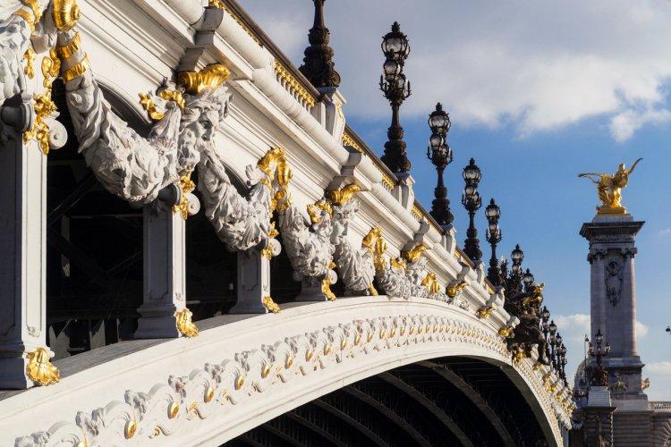 Le pont Alexandre III - © Viacheslav Lopatin - Shutterstock.com