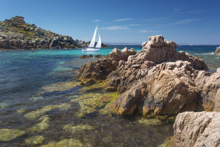 Réserve naturelle des îles Lavezzi - © Punto Studio Foto AG