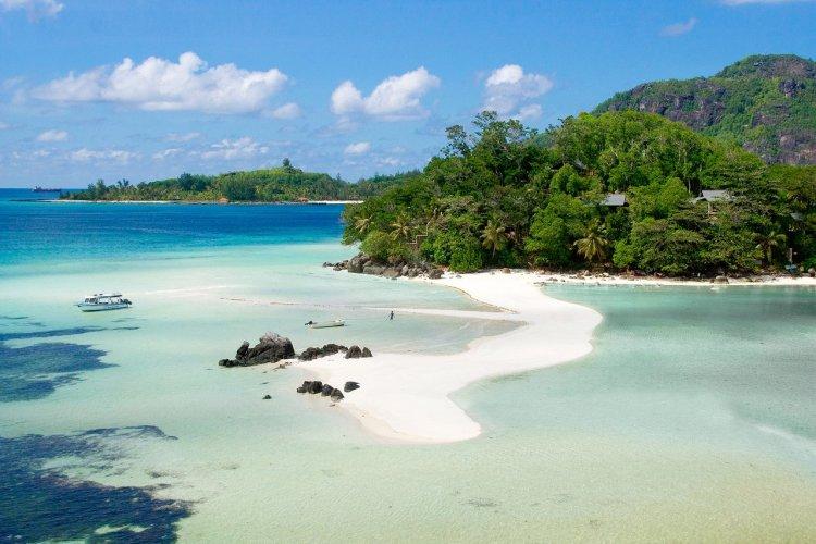 - © Seychelles European Reservations