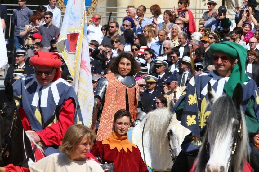 - © Fêtes de Jeanne d'Arc à Orléans