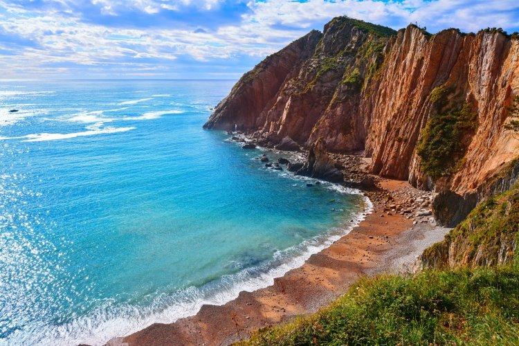 La playa del silencio - © lunamarina - Shutterstock.com