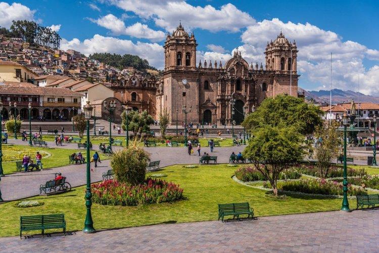 Cusco - © Christian Vinces - shutterstock.com