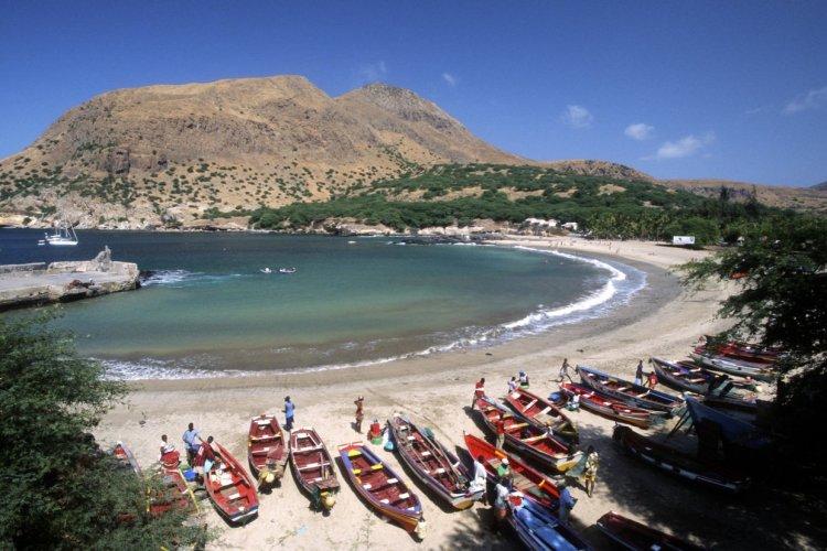 La plage de Tarrafal, île de Santiago - © Nicolas Rung - Author's Image _ GraphicObsession