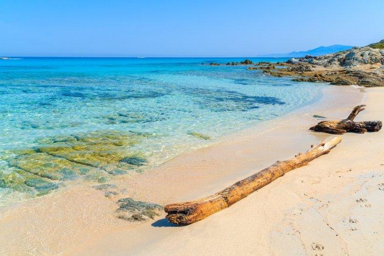 La plage de Saleccia, Corse - © Pawel Kazmierczak_Shutterstock.com