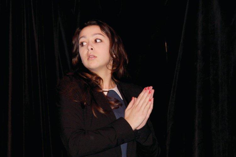 Anne-Sophie, l'une des deux protagonistes (Violette Barratier) - © Lisa Picovschi