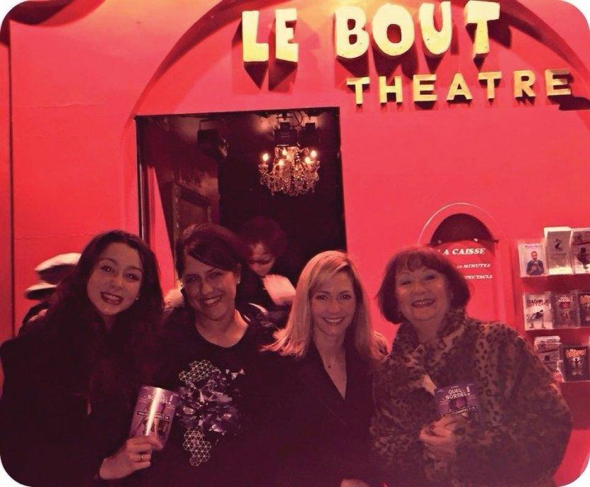 Rencontre de notre journaliste Saliha Hadj-Djilani avec les comédiennes après la représentation - © Saliha HADJ-DJILANI