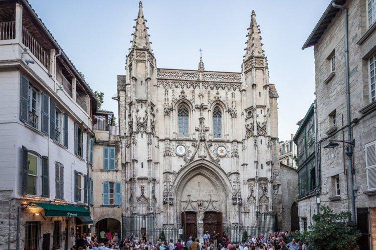 La basilique Saint-Pierre d'Avignon - © Empreinte d'Ailleurs