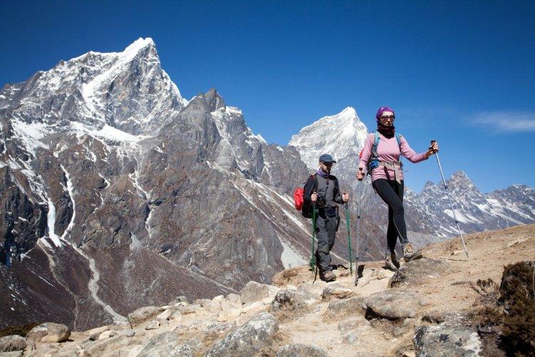 Randonnée dans l'Himalaya, Népal - © milijko - Shutterstock.com