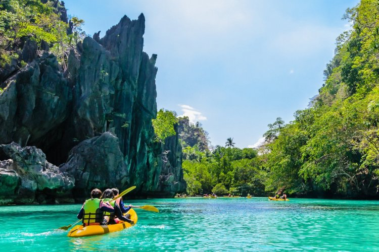 Sortie en kayak, El Nido, Philippines - © Tetyana Dotsnko - Shutterstock.com