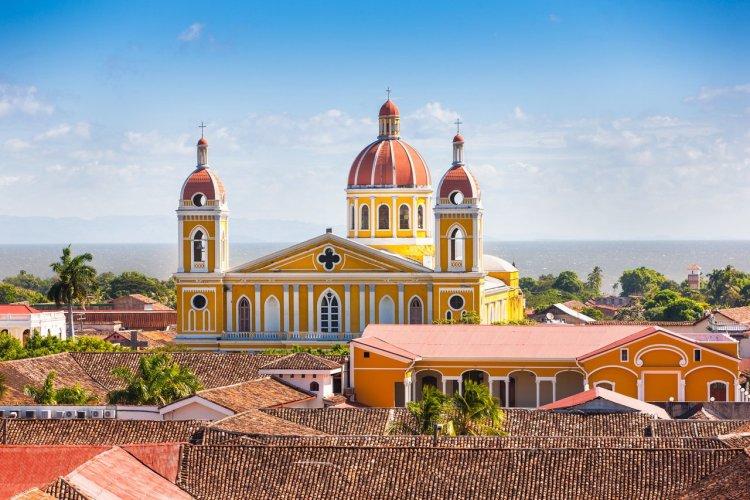 Cathédrale de Granada, Nicaragua - © Mlenny - iStockphoto