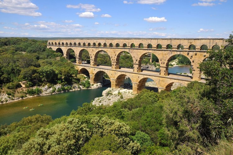 Le pont du Gard - © thibhou - stock.adobe.com