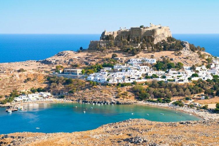 L'acropole de Lindos, île de Rhodes - © dim0n - iStockphoto.com