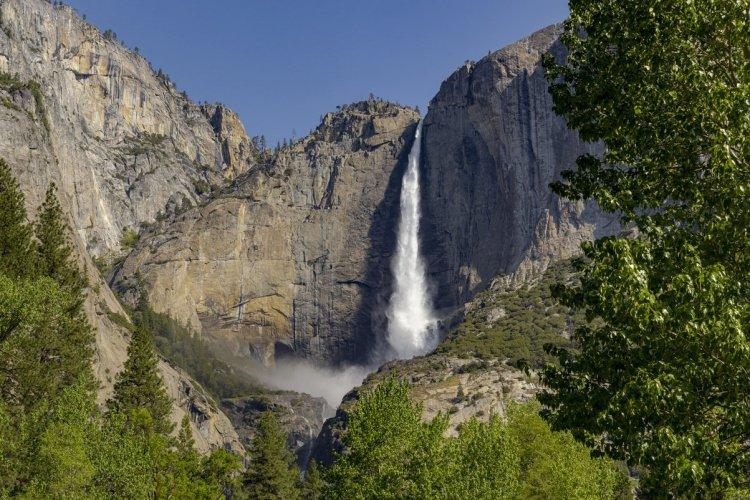 Yosemite Fall - Les chutes de Yosemite - © GarysFRP - iStockphoto.com