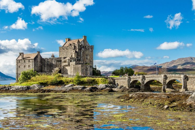 Eilean Donan Castle - © Iowsun - Shutterstock.com