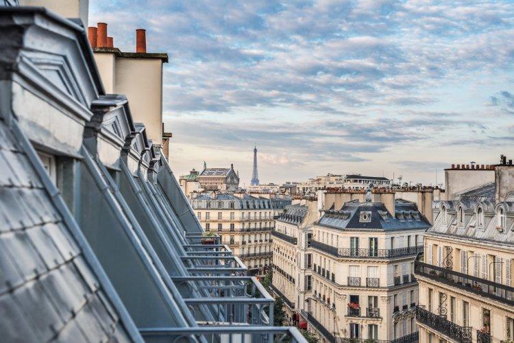 Les toits de Paris - © Alexander Demyanenko - Shutterstock.com