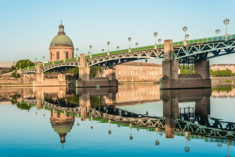 Le pont Saint-Pierre de Toulouse - © Anibal Trejo - Adobe Stock