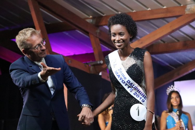 Olivier Noël et la 2ème Dauphine Chaïda Mogne - Miss Mayotte 2019 - © Laurent BOSCHERO
