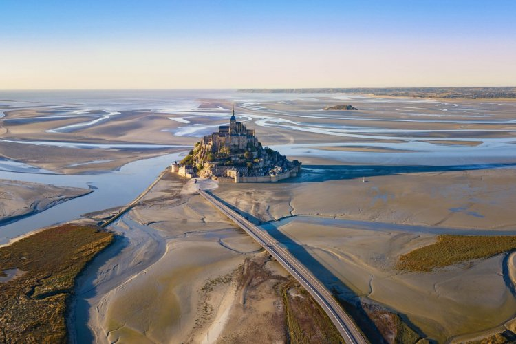 Le Mont-Saint-Michel - © Jrossphoto - Shutterstock.com