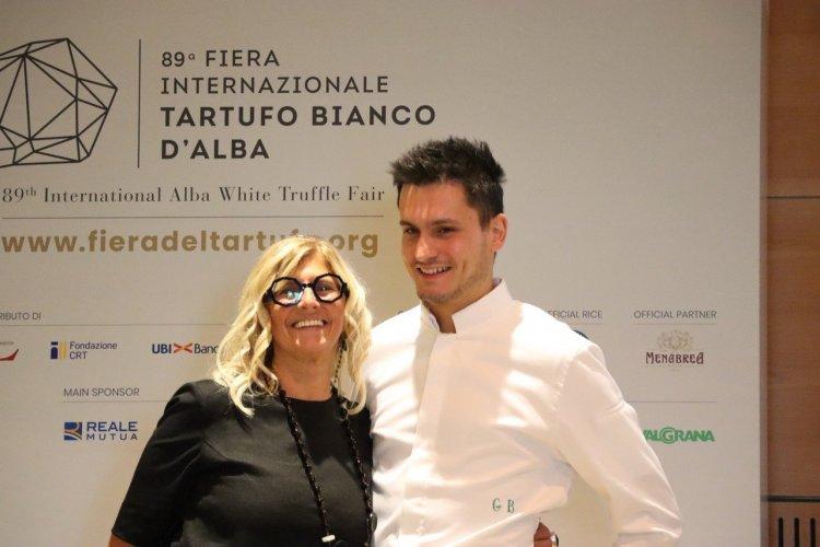Présidente de la foire de la truffe blanche et le Chef Gabriele Boffa - © Laurent BOSCHERO