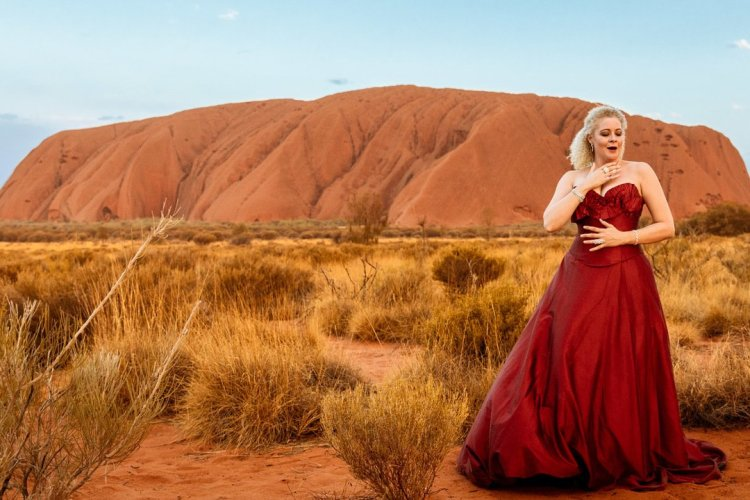 Opera at Uluru - © Voyages