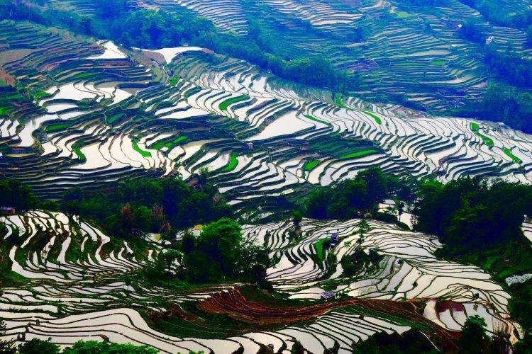 - © Ciel Yunnan