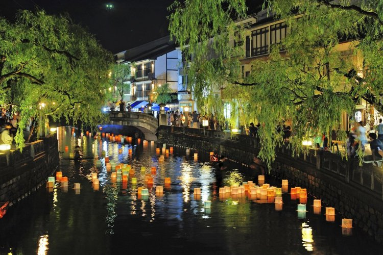 Festival des Lanternes à Kinosaki - © Toyooka City