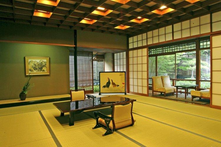 Suite « Kangetsu » au Nishimuraya Honkan - © Nishimuraya Kinosaki Onsen