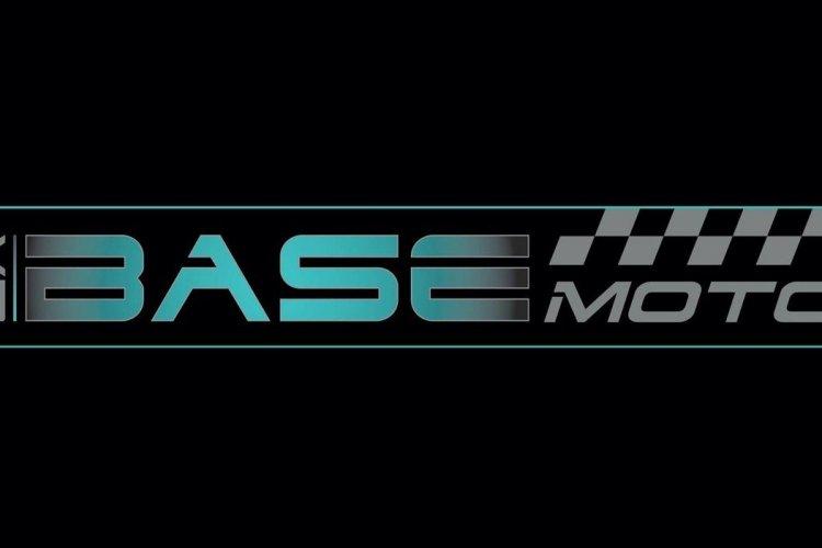 - © La Base Moto