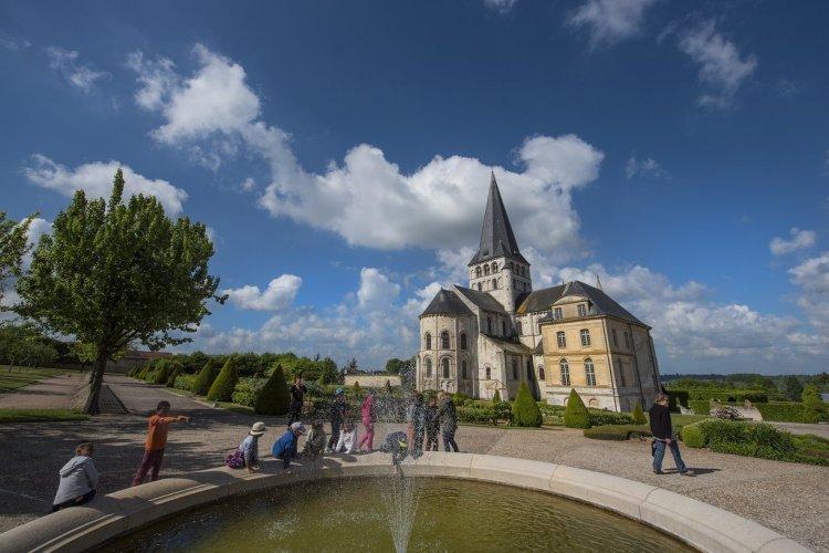 L'abbaye Saint-Georges-de-Boscherville - © DR