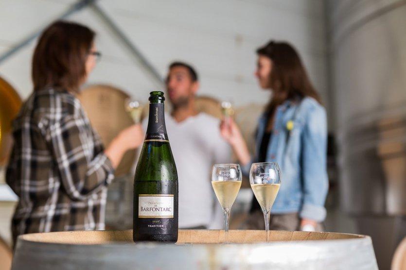 Dégustation - © Champagne De Barfontarc