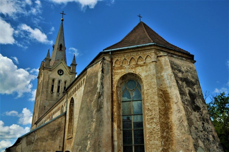 Lettonie Cathedrale Cesis - © RTA EAST WEST