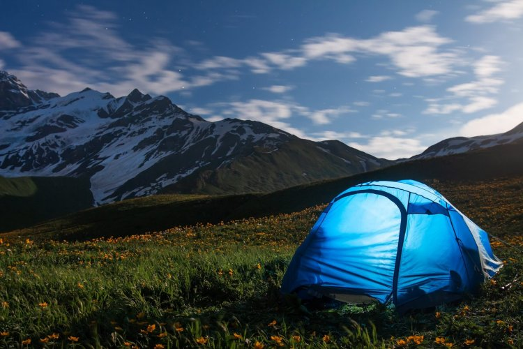 Choisir une tente - © shutterstock (c)Dzmitrock