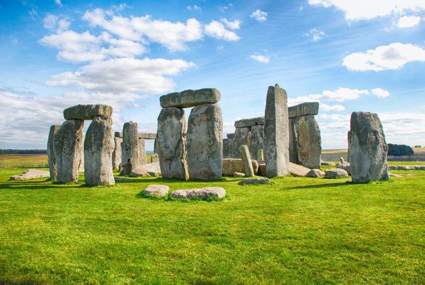 Stonehenge - © Mr Nai - Shutterstock.com