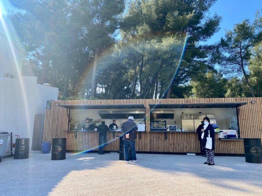 Le Food Park à retrouver au 15 avenue Alfred Blachère - © Food Park Marseille