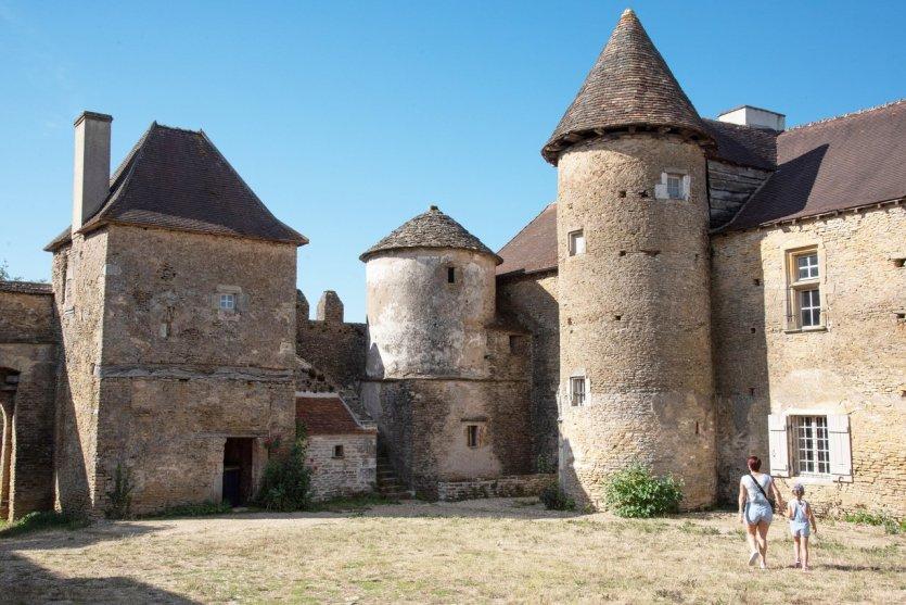 Le château Pontus de Tyard à Bissy-sur-Fley - © Rozenn KREBEL