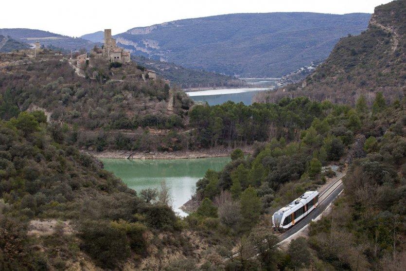 Tren dels llacs - © FGC - (Ferrocarrils de la Generalitat de Catalunya)