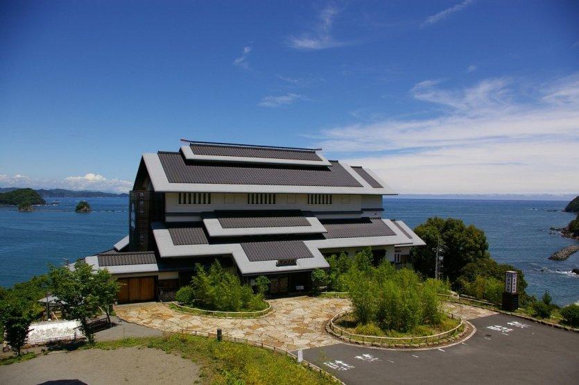 Hôtel Kuroshio Honjn - © Nakatosa