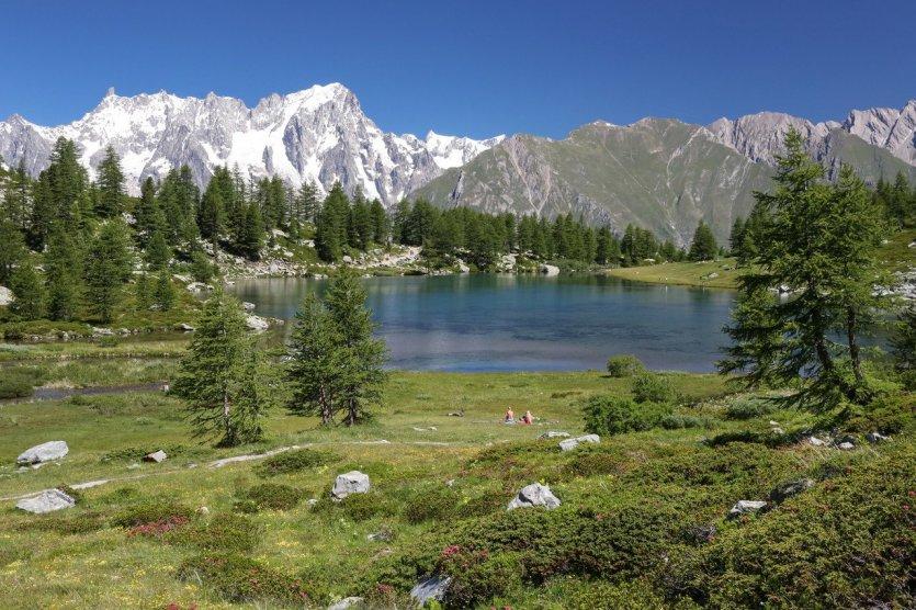 Lago Arpy e Grandes Jorasses - © Enrico Romanzi