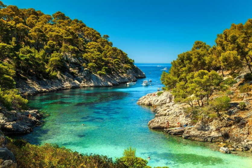 Calanque de Port-Pin - © Gaspar Janos - Shutterstock.com