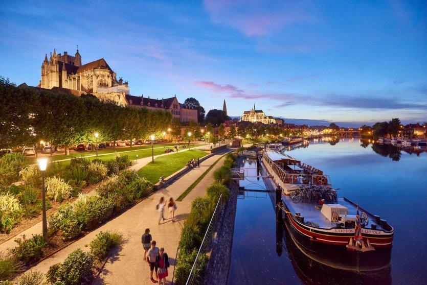 L'Yonne à Auxerre. - © VNF_Damien_Lachas