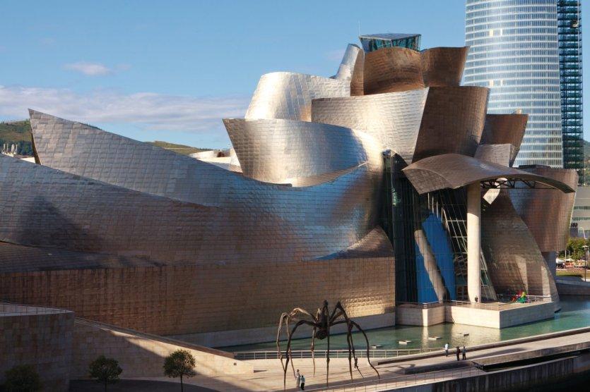 Le musée Guggenheim, une structure en titane imaginée par l'architecte Frank Gehry. - © Philippe GUERSAN - Author's Image