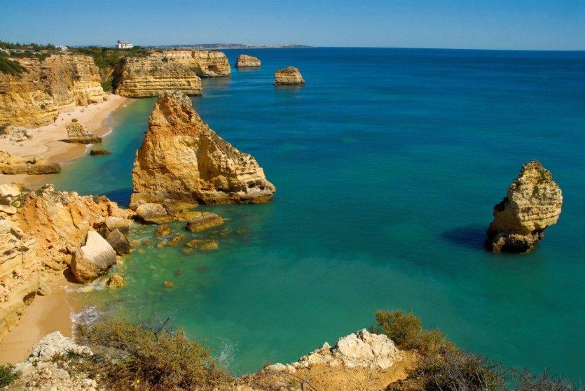 - © Associação Turismo do Algarve