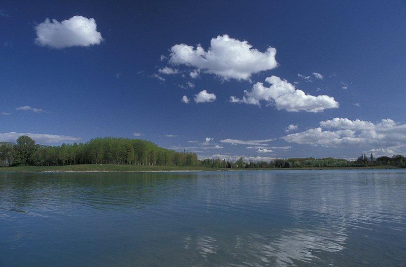 Lac des Eaux Bleues - © F. Guy / F. Edenne / G. Comte / S. Audras / F. Balandras / M. Gély