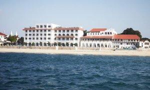 Le Park Hyatt Zanzibar se situe sur le littoral de Stone Town.