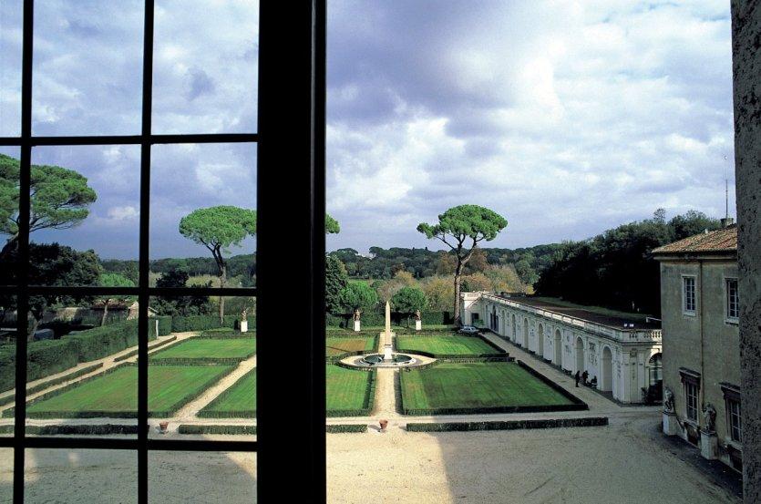 Balthus la villa m dicis magazine rome for Jardin villa medicis rome