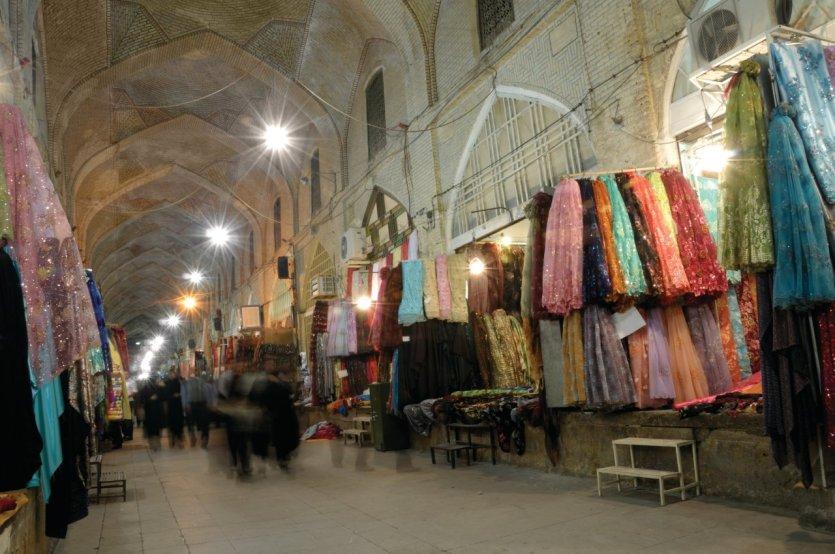 Dans le bazar de Chiraz. - © Tunart - iStockphoto