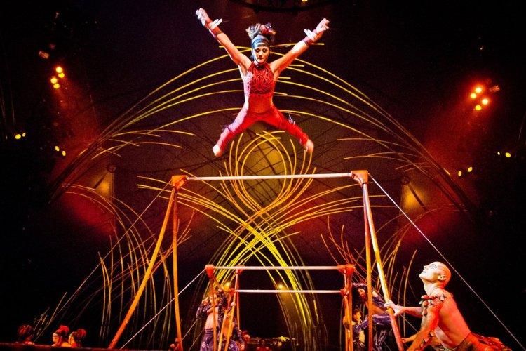 - © Cirque du Soleil
